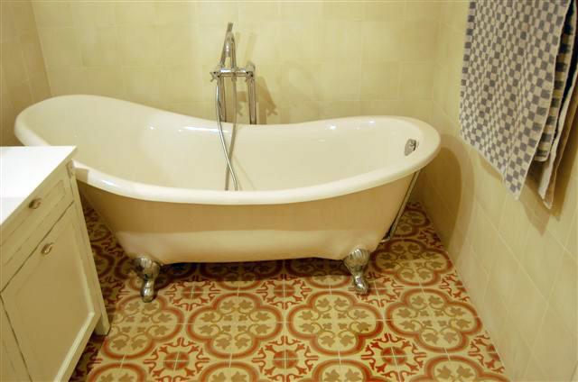 אריחים לאמבטיה